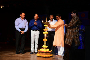 Member Secretary, Shri. Gurudas Pilarnekar lighting the lamp