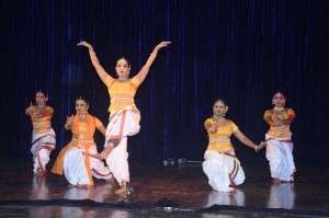 Ritusri chaudhuri & Group performing Kathak